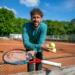 Werkloze tennisprofs brengen Nederland in beweging
